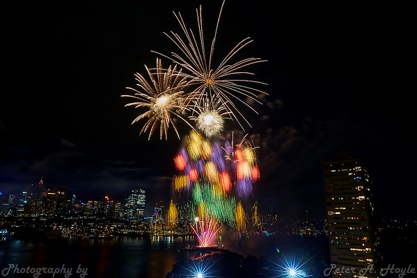 Sydney NYE fireworks - 31st Dec 2018