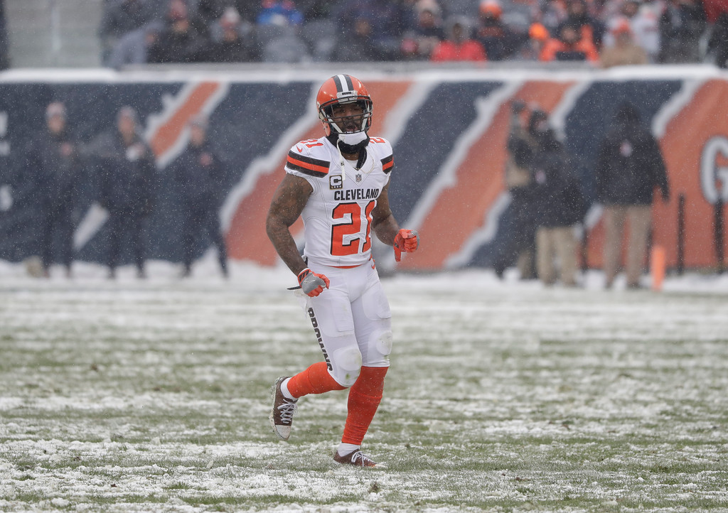 . Cleveland Browns cornerback Jamar Taylor (21) plays against the Chicago Bears in the first half of an NFL football game in Chicago, Sunday, Dec. 24, 2017. (AP Photo/Charles Rex Arbogast)
