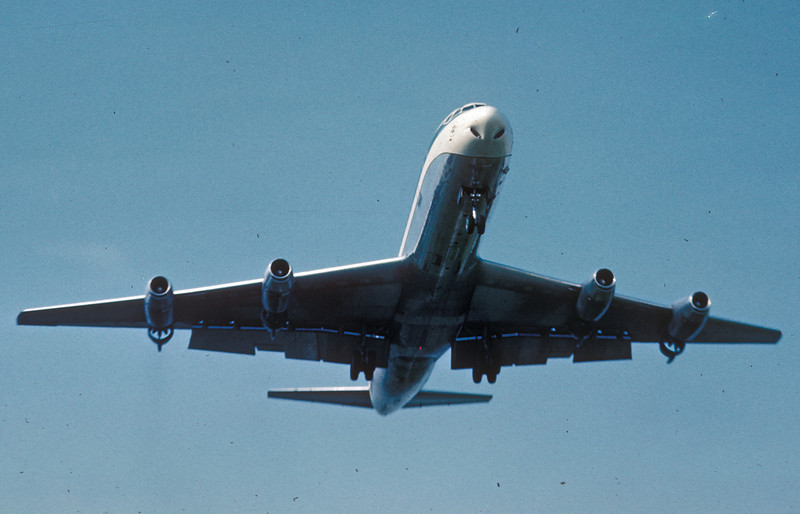 DC8 DTW Aug 1966small.jpg