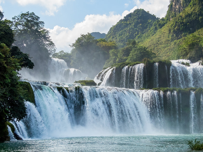 Vietnam Ban Gioc Falls_P1120818.jpg