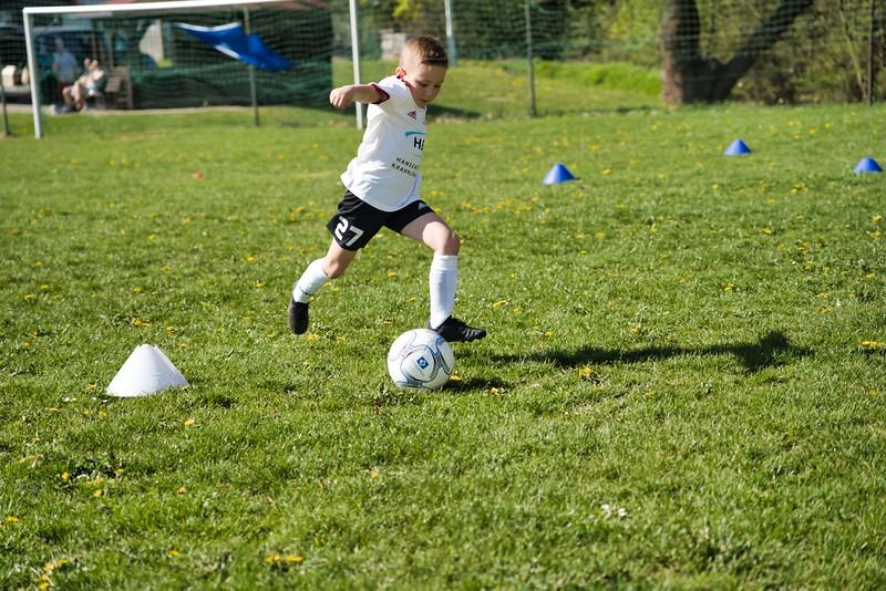hsv-fussballschule---wochendendcamp-hannm-am-22-und-23042019-u63_40764452613_o.jpg