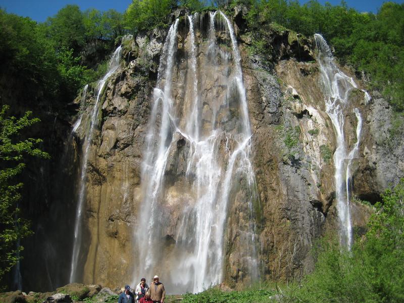 waterfalls_14.jpg