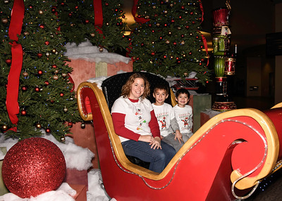 Christmas Drive Thru Family Photos 2016