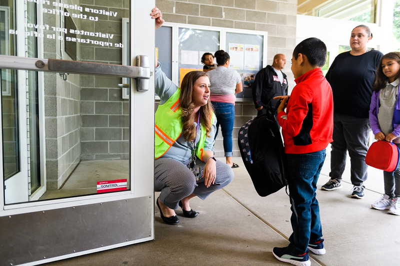 School counselor Allison Silbernagel welcomes students and their families. Back to school day at Hallman Elementary School on Wednesday, September 4, 2019 in Salem, Ore.