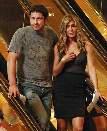 2009-06-24 - Jennifer Aniston and Gerard Butler