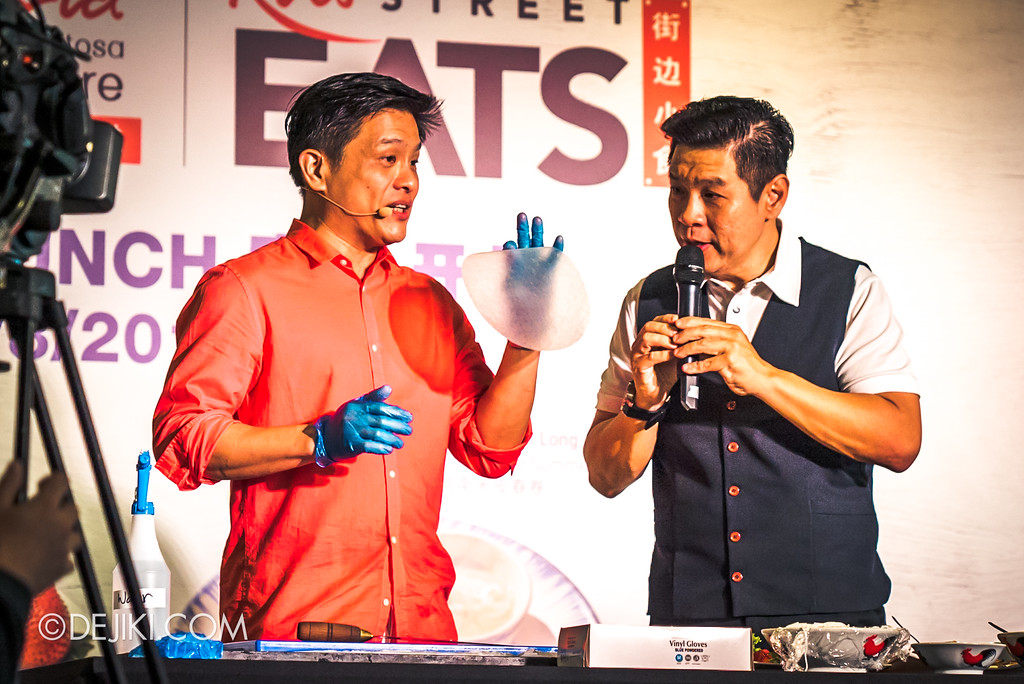 RWS Street Eats 2018 - Dr Leslie Tay creating his own Singapore Shiok Summer Roll