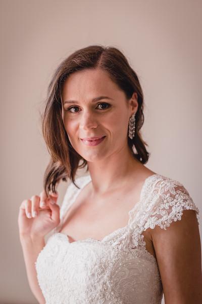 Bridal prep-57.jpg