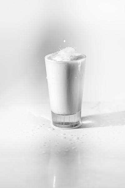 20200208-bw-milksplash-0222.jpg