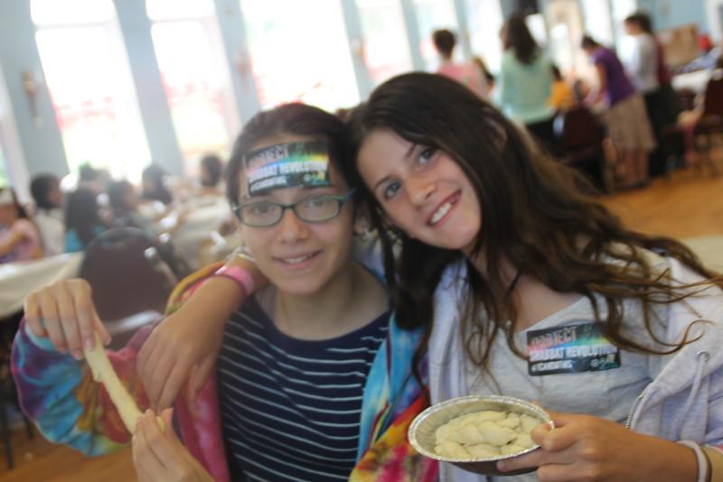 kars4kids_thezone_camp_girlsDivsion_activities_baking (53).JPG