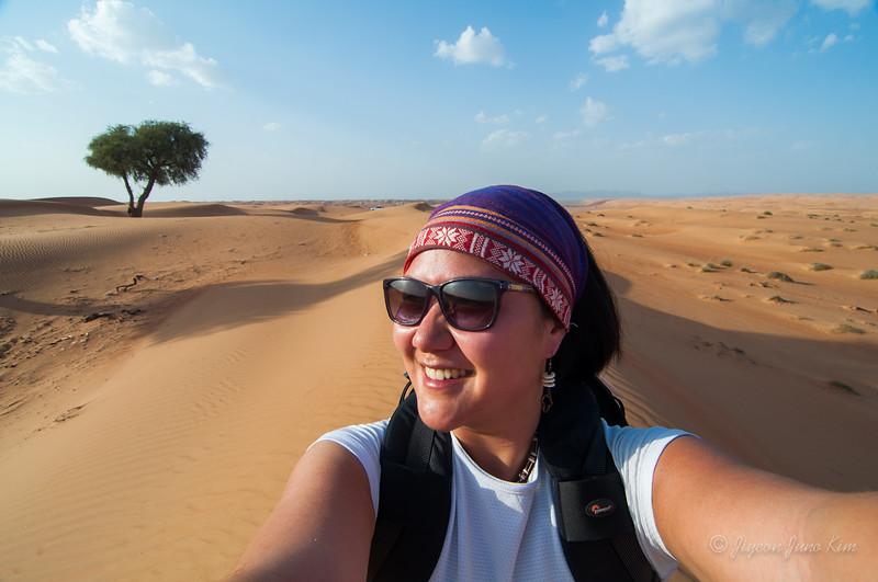 Oman-Wahiba sands-selfie.jpg