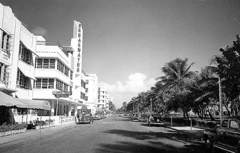 1946 Breakwater_c004334.jpg