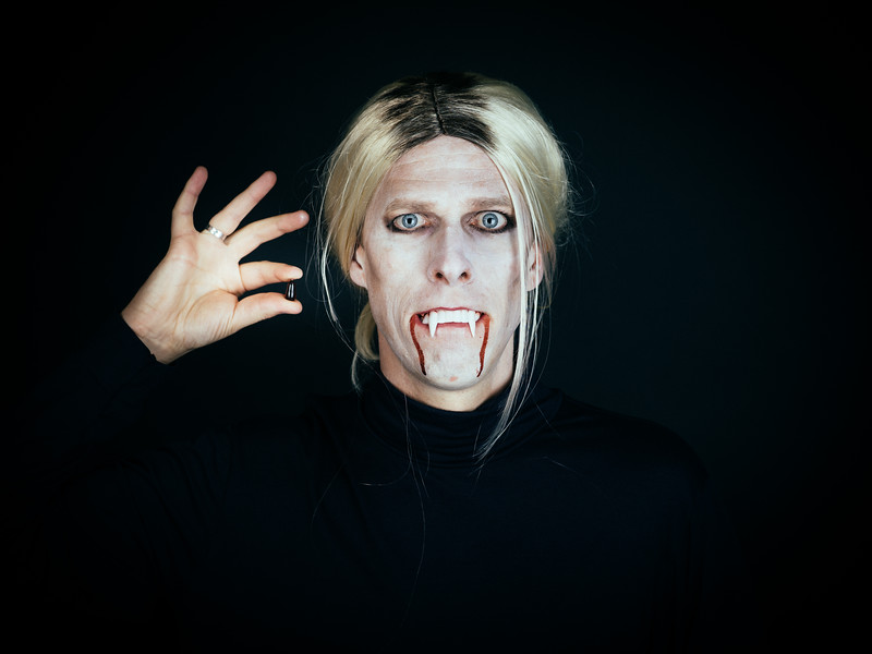 Vampire Elizabeth Holmes of Theranos