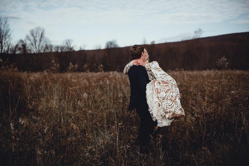 Requiem Images - Luxury Boho Winter Mountain Intimate Wedding - Seven Springs - Laurel Highlands - Blake Holly -912.jpg