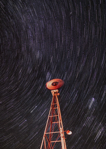 Red Windmill 2417 Startrails.jpg