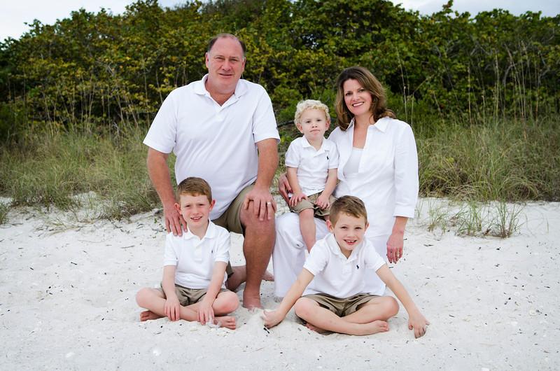 Mary Jo's Family Photos - Barefoot Beach, Fl 031.jpg