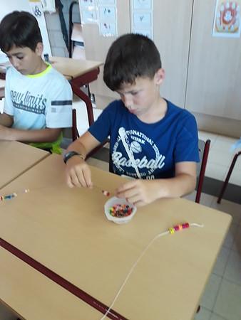 Klas 6: armbanden maken