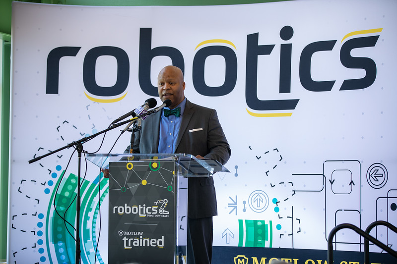 Robotics Grand Opening-8655.jpg