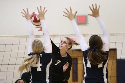 2014 Gilbert Girls Volleyball vs Perry 10-02-14