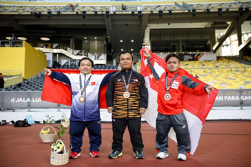 PARA ATHLETICS - MUHAMMAD DIROY BIN NORDIN in victory ceremony  in Men Shotput Finals (F40/41)  at Bukit Jalil National Stadium, KL on September 21th, 2017 (Photo by Sanketa Anand)