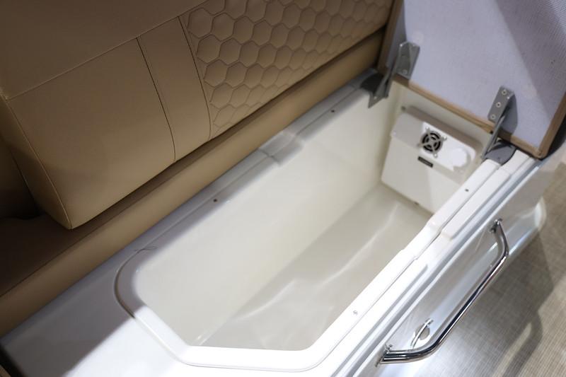 2020-SDX-270-Europe-refrigerator-1.jpg