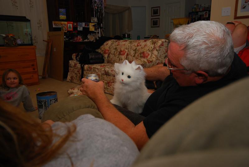 This cat really disturbs me. It disturbs Mom too.