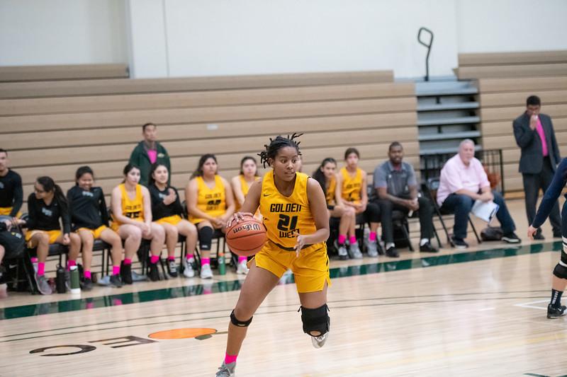 Basketball-W-2020-01-31-7600.jpg