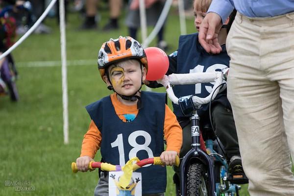 Cykelringridning i Børneland