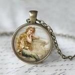 b20d150e9b8e7948d89e6987ac6ba774--book-necklace-pendant-necklace.jpg