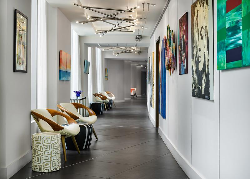 Sonder-MiamiBeach-Cirq-Artwork-Hallway.jpg