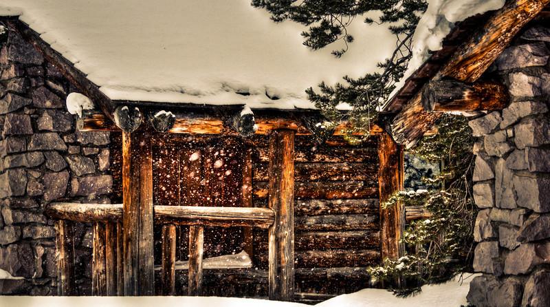 Log Cabin HDR.jpg