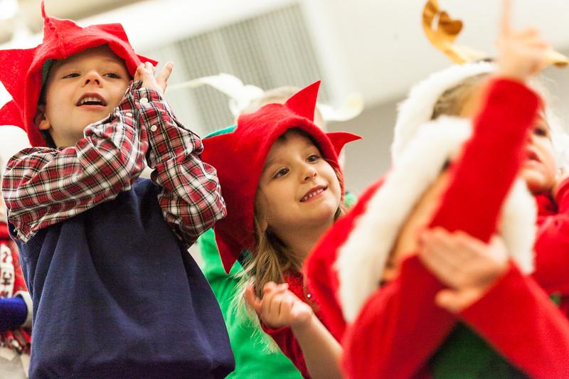 Christmas Kindergarten-47.jpg