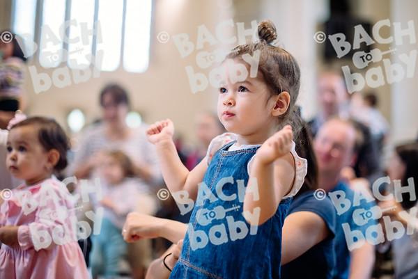 © Bach to Baby 2017_Alejandro Tamagno_RegetntsPark_2017-07-15 044.jpg