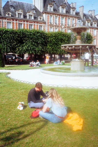 061419_Paris_Colorplus200 (32).jpg