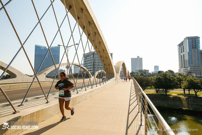 Fort Worth-Social Running_917-0325.jpg