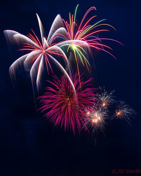 070417 Luray VA Downtown Fireworks - Rainbow Palm Trees with-0865.jpg