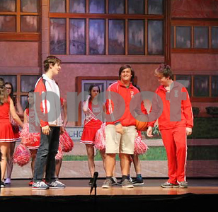 lee-theatre-staging-high-school-musical-as-fall-show