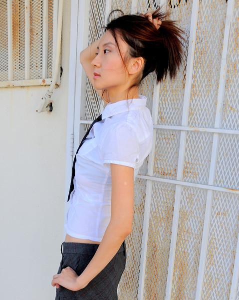beautiful la woman model 984.90...