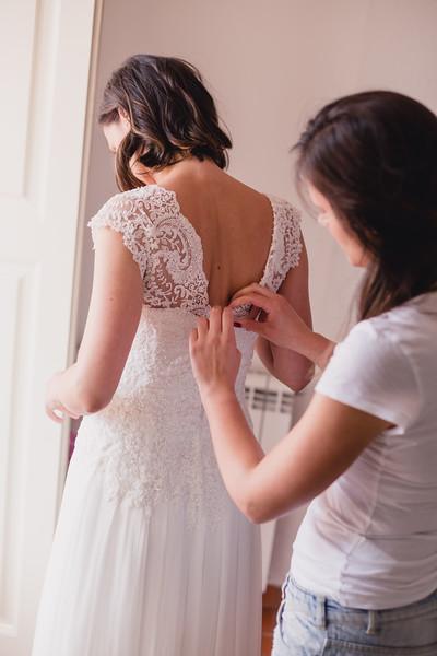 Bridal prep-49.jpg