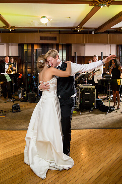 Snow - Newlyweds Dancing