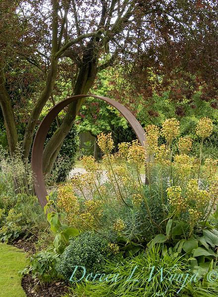 Jacky O'Leary circular garden art_2903.jpg
