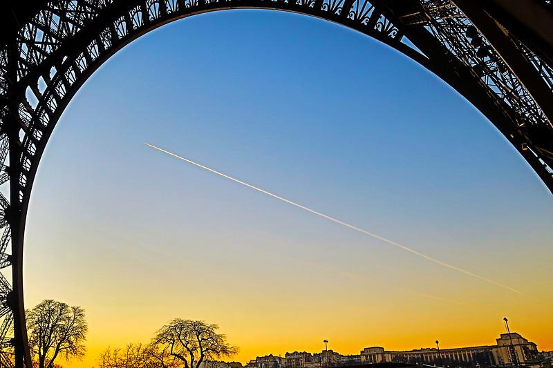EiffelArch.jpg