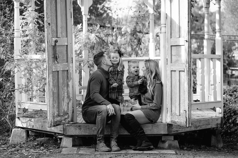 NOBLE FAMILY WINTER_BW18.jpg