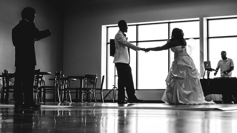 Clay Wedding 2019-00403.jpg