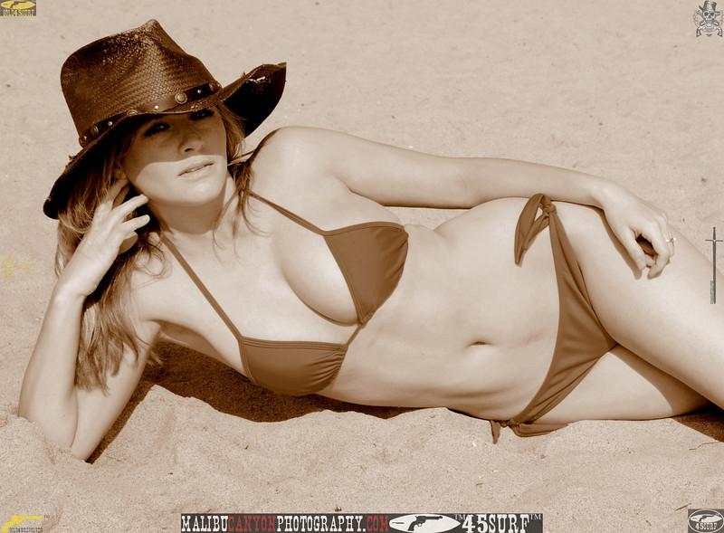 santa_monica_swimsuit_bikini_model 834..234.435