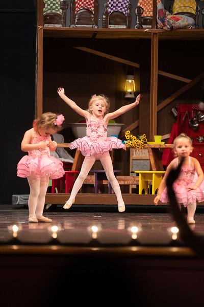 Dance Productions Recital 2019-200.jpg