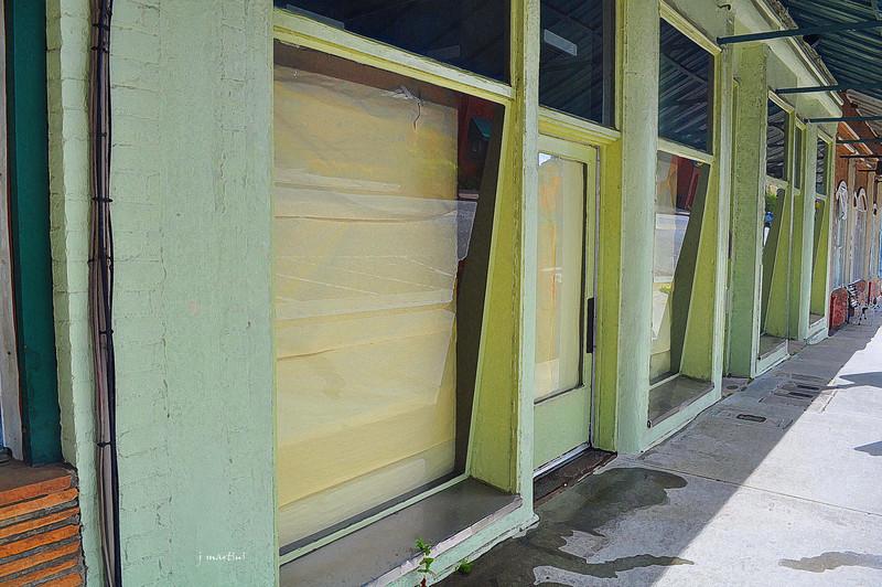 papered windows 5-22-2011.jpg