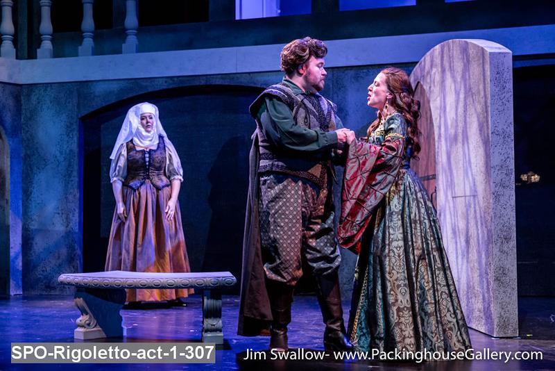 SPO-Rigoletto-act-1-307.jpg