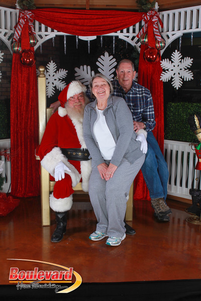 Santa 12-17-16-586.jpg