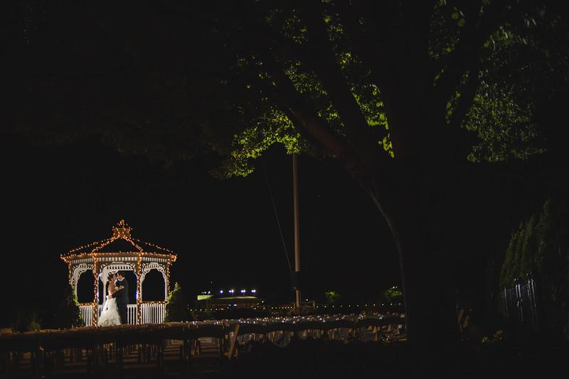 BrideGroom107.jpg
