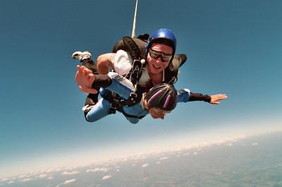 200508 Sky Diving